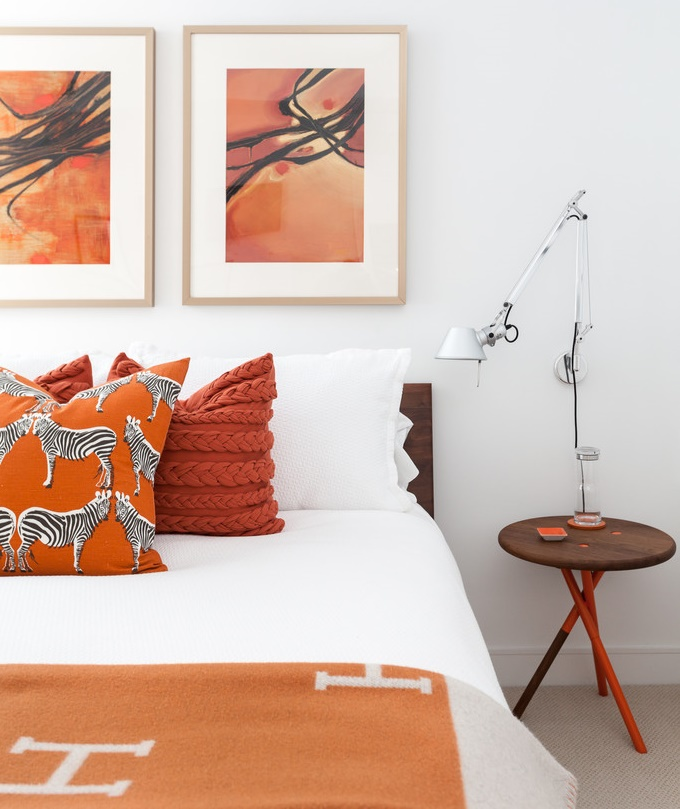 orange-red bedroom accents