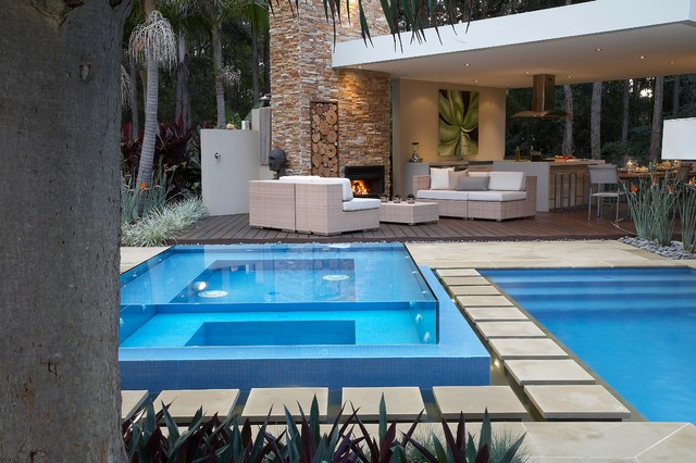 Living,contemporary pool design