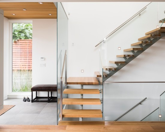 Individual wide wooden slat stairs