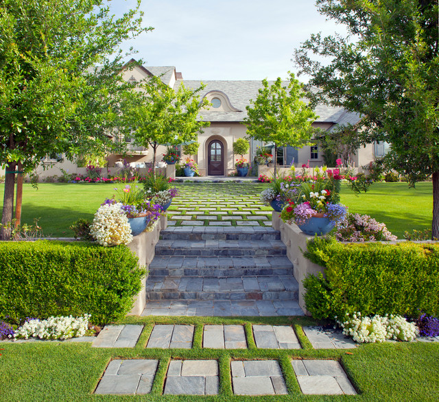 Big mansion with a garden