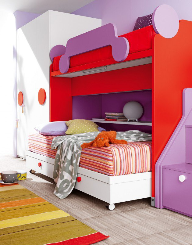 White, cherry red and mauve bunkbed design