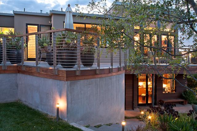 Deck with modern lighting fixtures