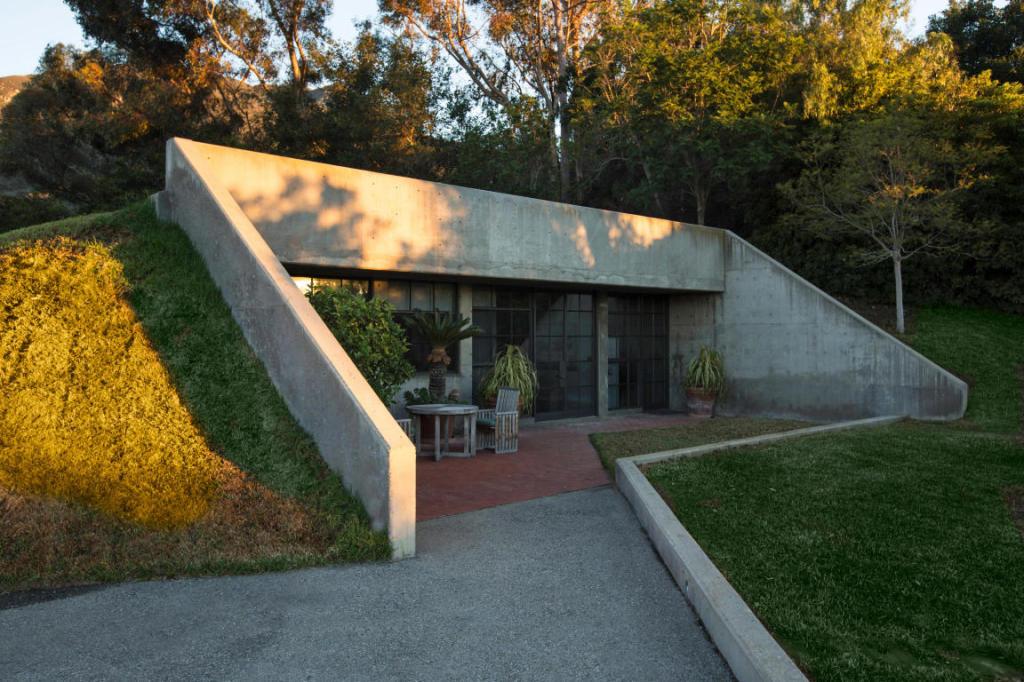 Steve Martin House Design