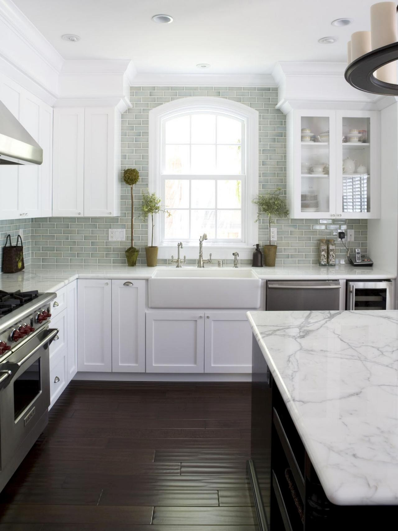 Contemporary White Cabinets