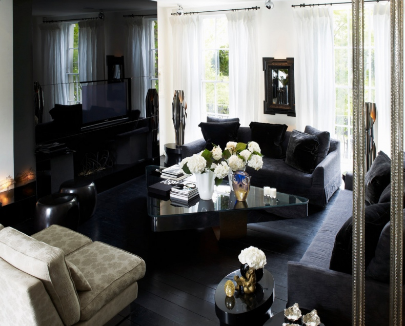 Dramatic and sophisticated living room