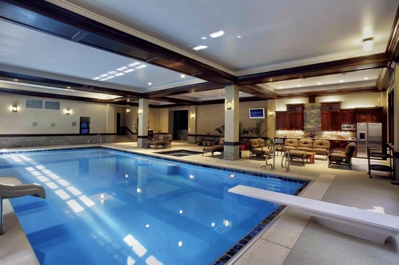 Pool area with good seating space beside the pool