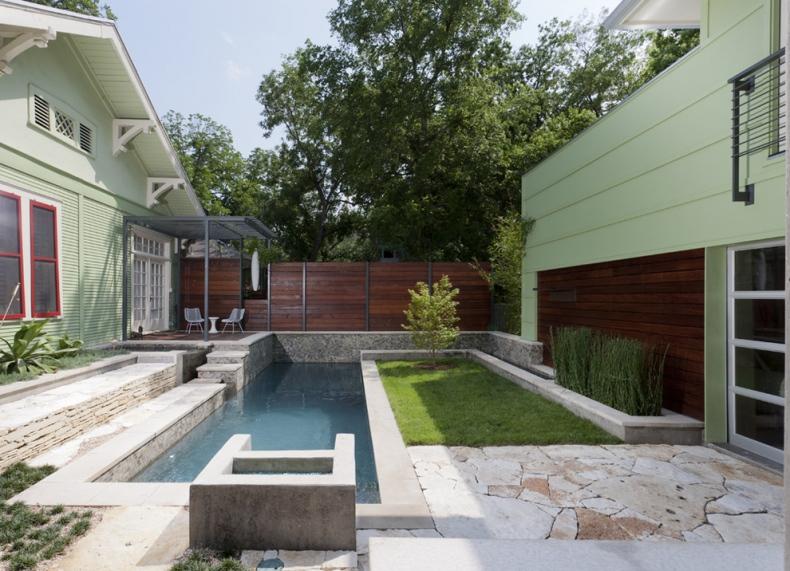 Simple pool area in a narrow shape