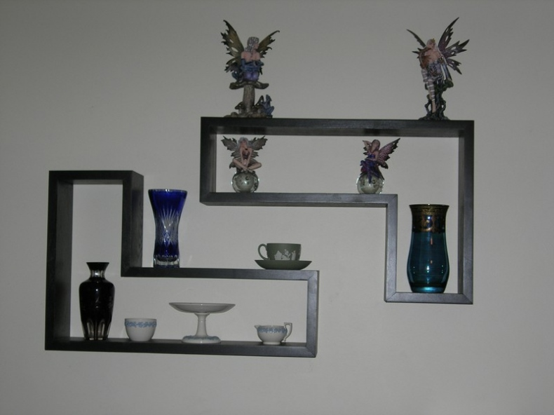 L- shaped wall shelves idea