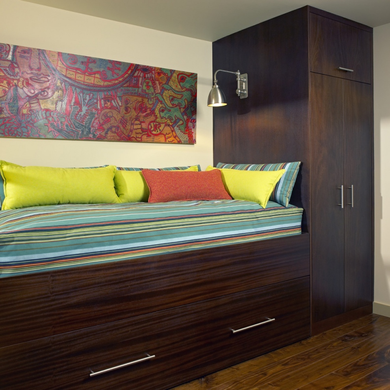Cool trundle beds designs - Beds attached to the wall ...