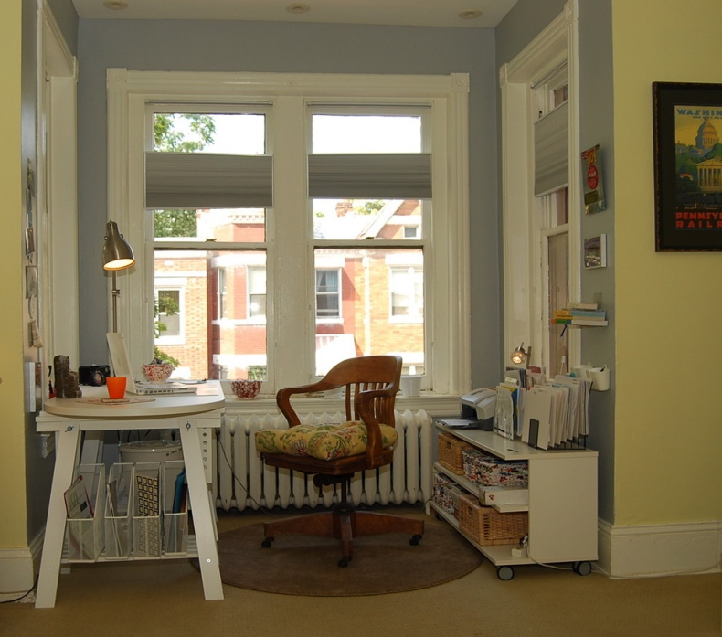 Eclectic Style home Office