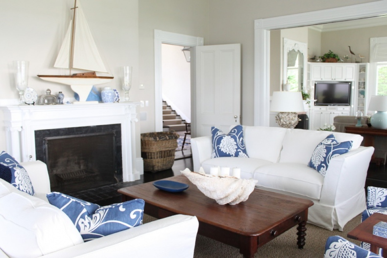 White Traditional Living Room