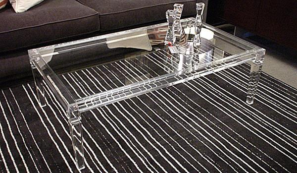 Rectangular table-top assures grand space