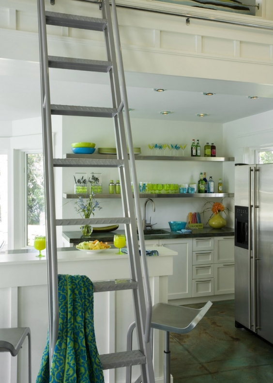 Broad L-shaped shelves idea