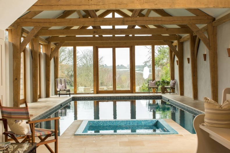 Country pool design