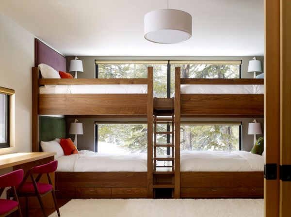 Trundle beds with a common ladder
