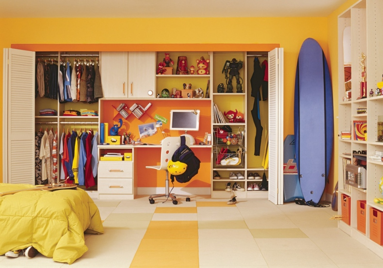 yellow boy bedroom