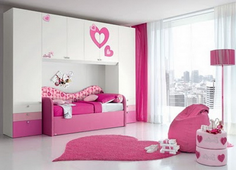 aquamarine pink