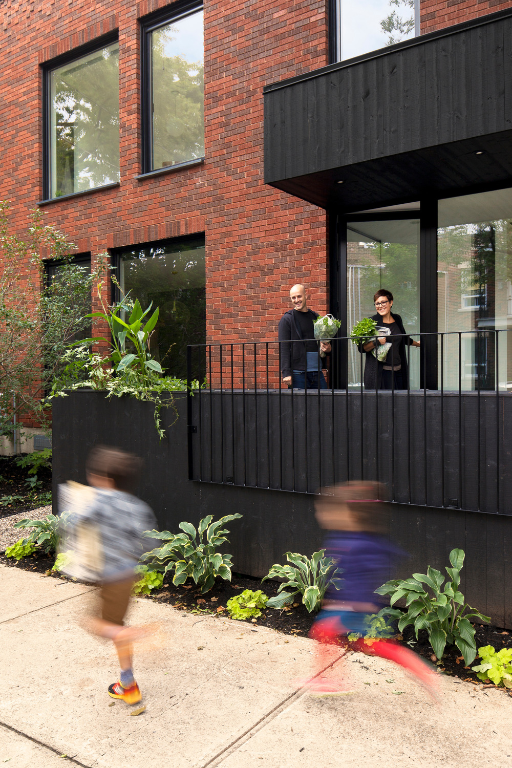 De gasp modern house design by la shed architecture - Household water treatment a traditional approach ...