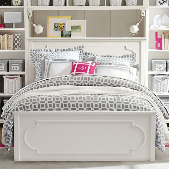 Whte bed design