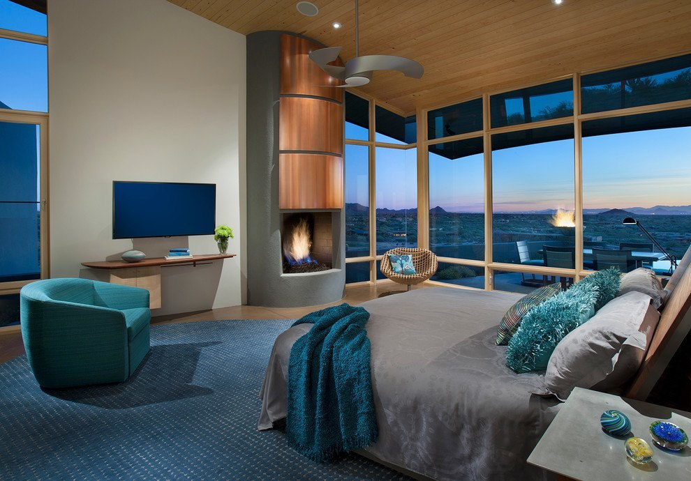 Tones of blue seem to extend beyond the limits of the room