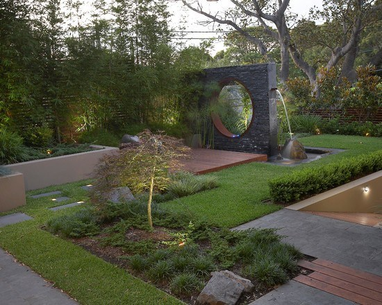 Modern Japanese garden with strong lines