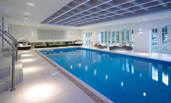 Contemporary indoor pool