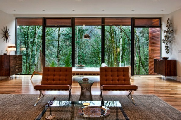 Seating area with huge windows