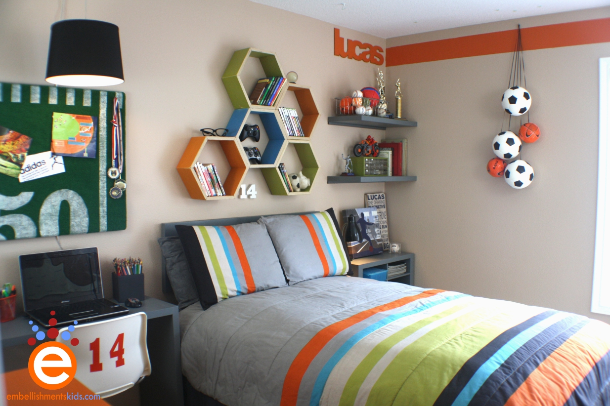 Bright and cheerful bedroom