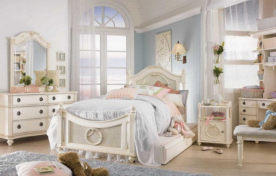 Lovely and classic shabby chic bedrooms for girls for Shabby chic bedroom furniture