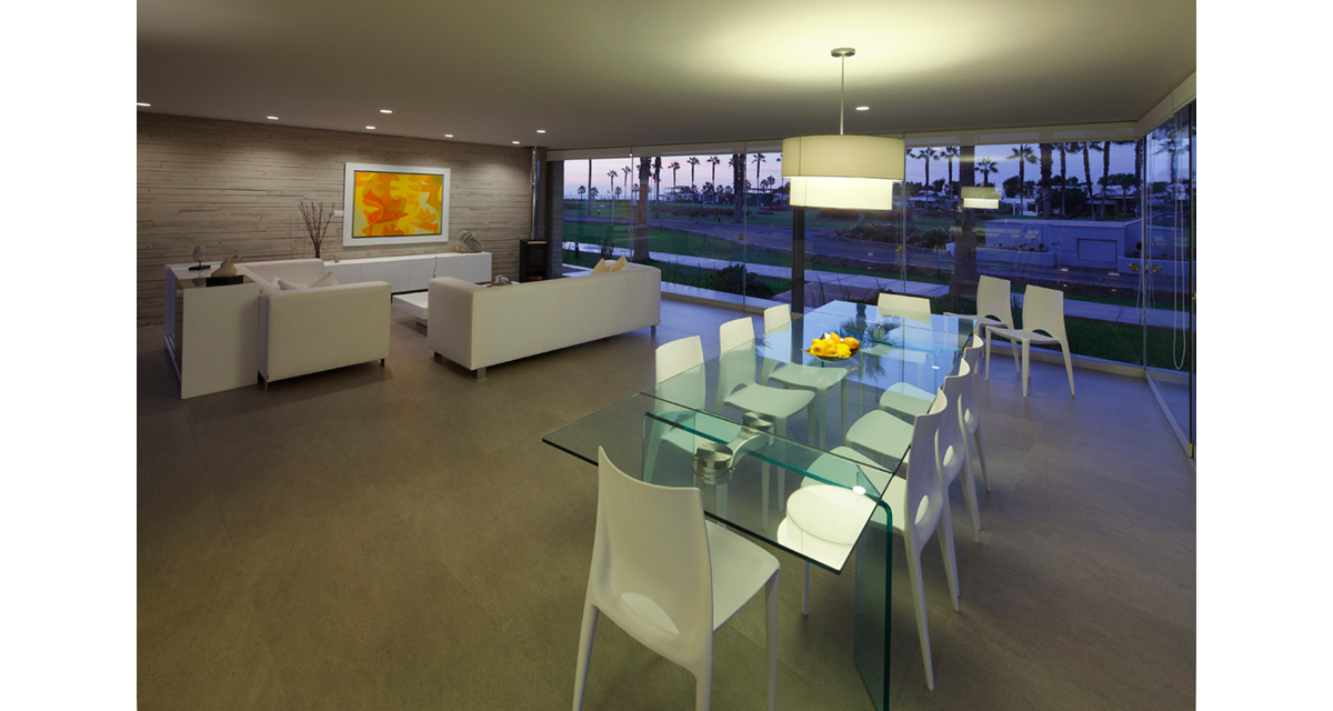 Modern living and dining space