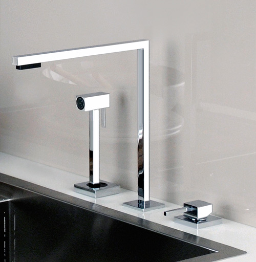 Style chrome kitchen faucet