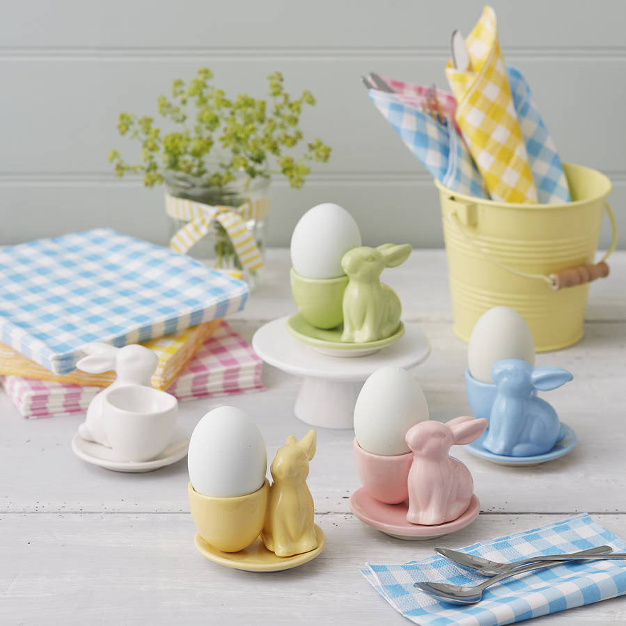 Classic ceramic bunny egg cups