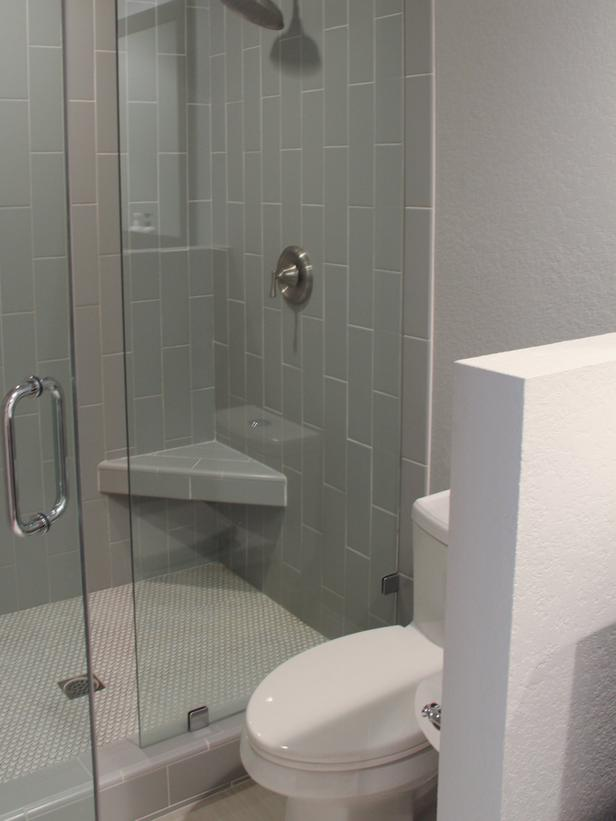 Bathroom with white divider