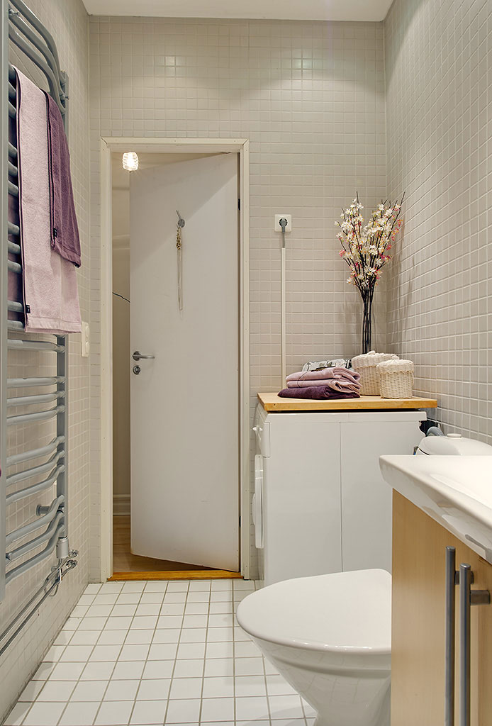 Ideas for the small shower room for Long bathroom ideas