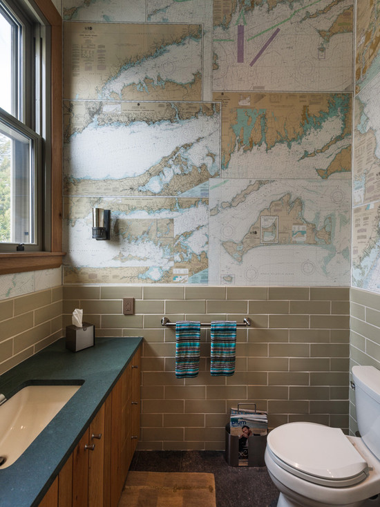 Bathroom with mapped wallpaper