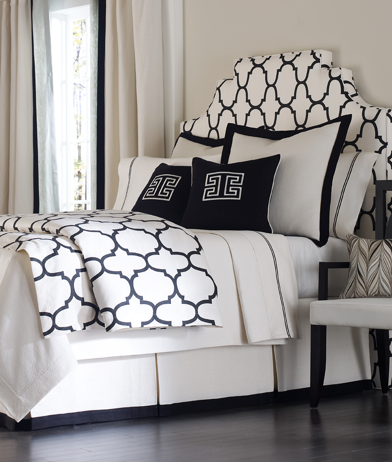 Modern monochrome bedding