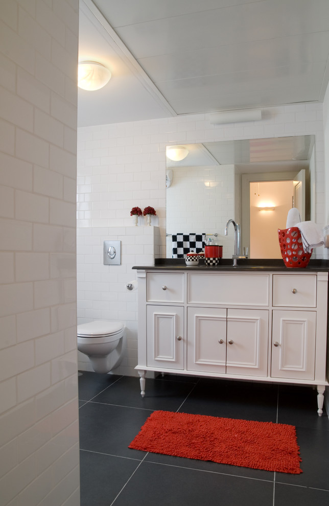 Red and black bathroom bathroom ideas for Red accent bathroom