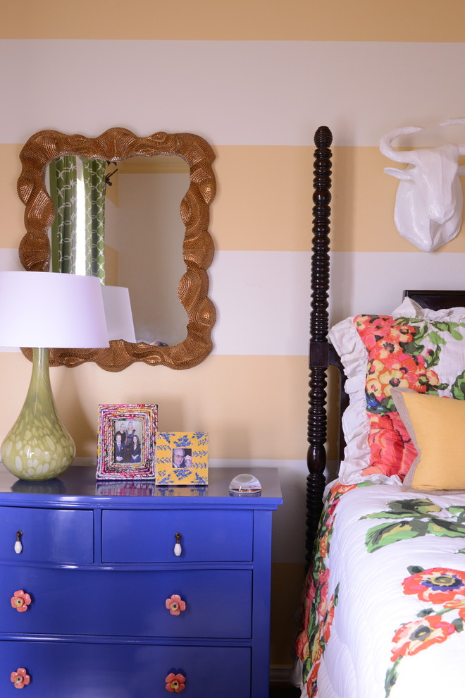Bedroom with a purple chest drawer