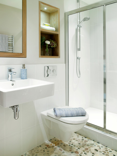 Airy shower room