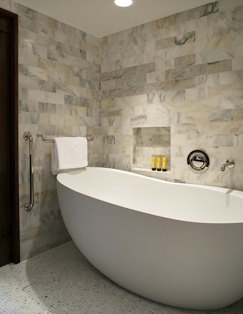 Bathroom wall tile ideas for bathroom designs for Big bathroom