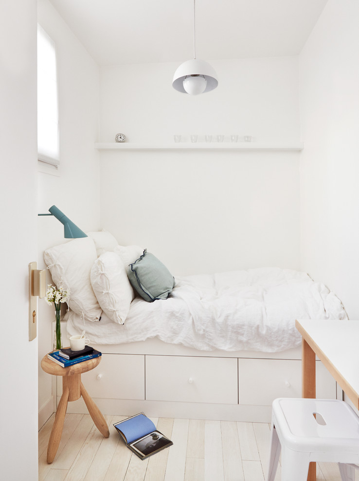 Small bedroom with ample space storage