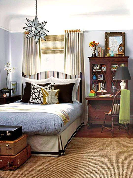 Bedroom with a big bed set