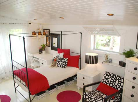 Red, black and white bedroom