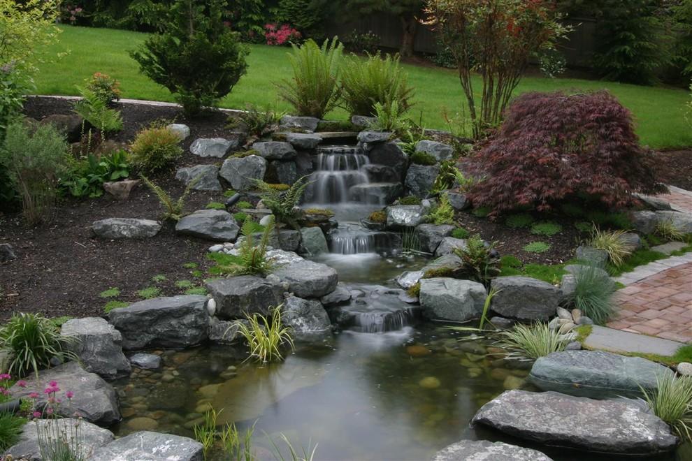 Fabulous garden pond waterfall