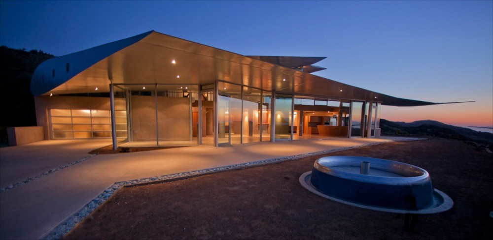 747 Wing House Design Goes On To Show That Modern Home