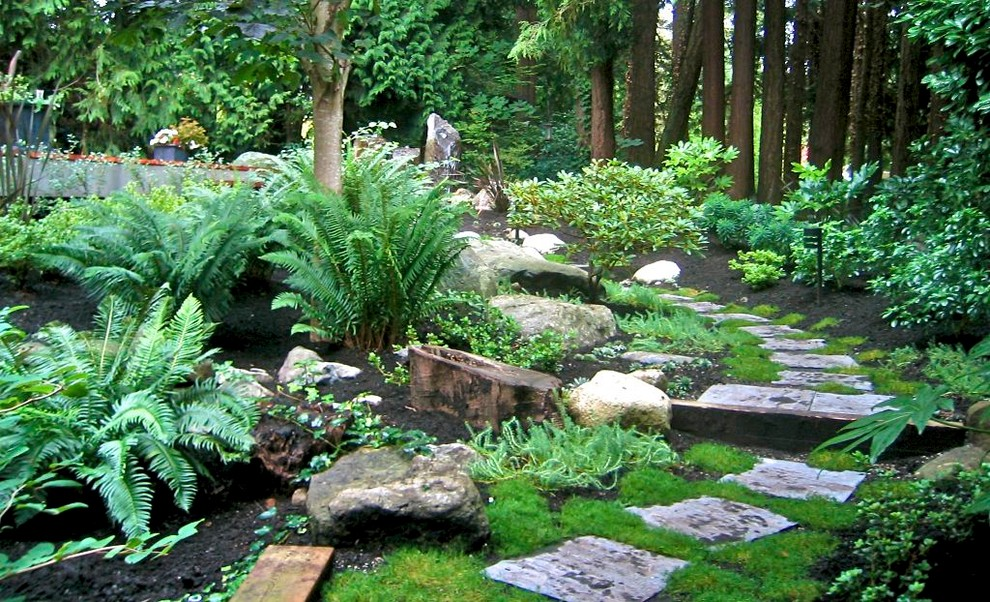 Pictures of large gardens design ideas for Natural rock landscaping