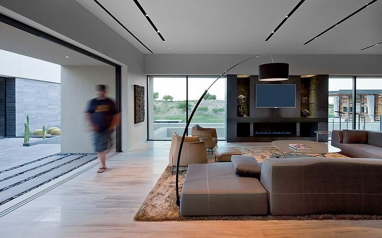 Tresarca House living room