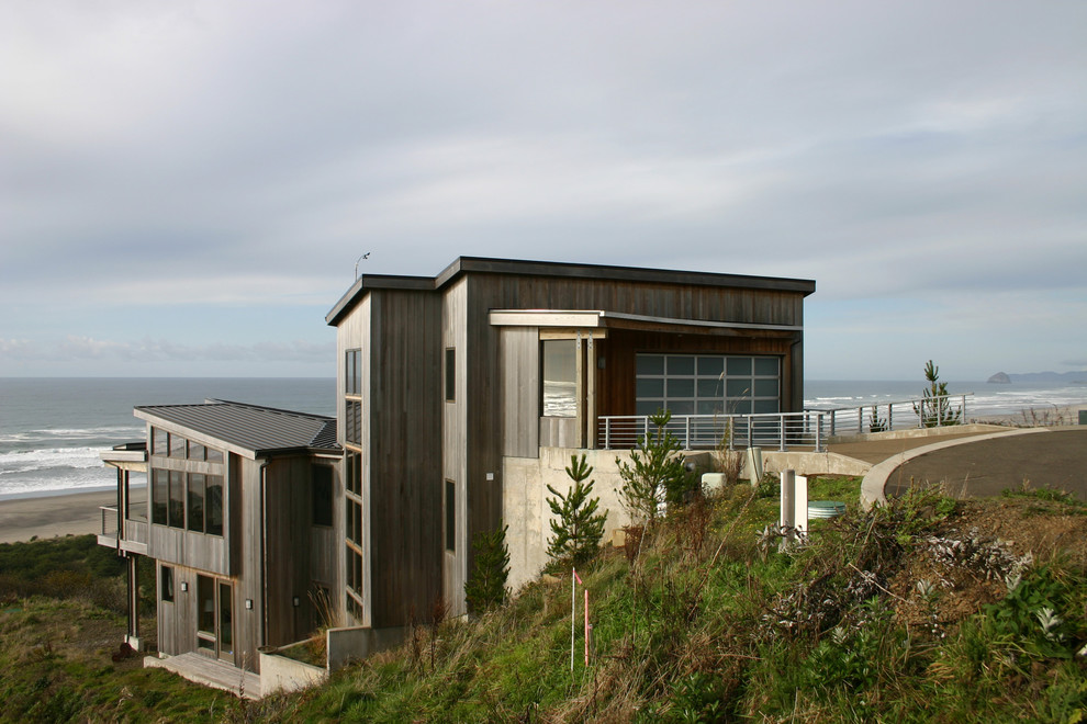 Modern house features and house designs to fall in love with for Beach house design features
