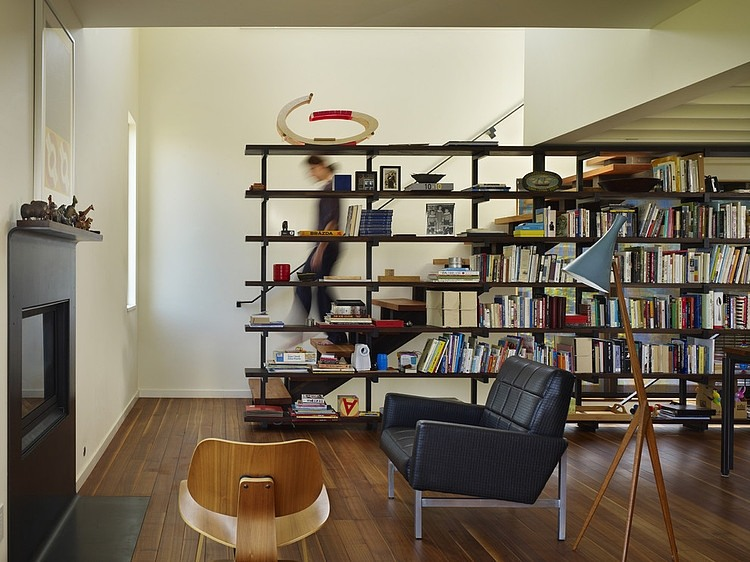Book room with bookshelves