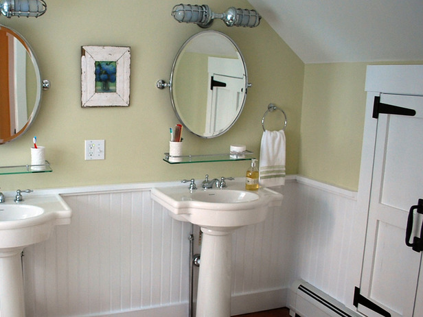 white fixtures bathroom